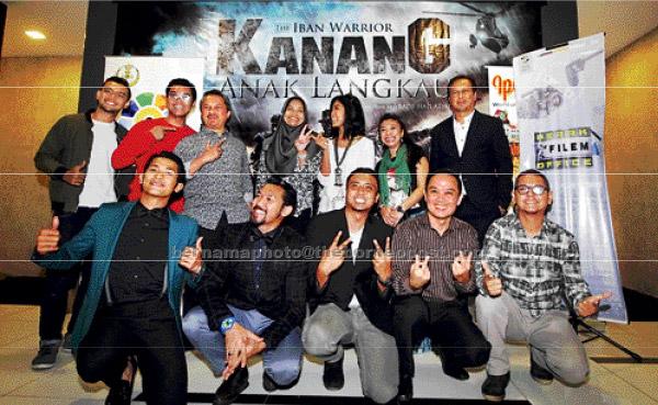 The Iban Warrior' merupakan filem terbaharu arahan Bade Azmi yang menemui penonton di pawagam seluruh Malaysia, Singapura dan Brunei bermula 16 Mac ini.  — Gambar Bernama