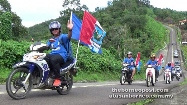 Konvoi Jelajah Tionggom Kaamatan bertemakan 'Sayang Sabah'.