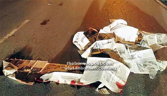 Mangsa maut di tempat kejadian selepas terlibat dalam kemalangan di Kilometer 29, Jalan Kuching-Serian.