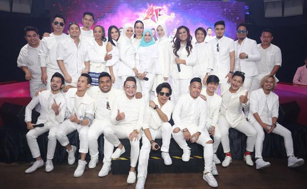 Barisan juara dan peserta pilihan 'AF' yang akan berentap sekali lagi dalam edisi khas 'AF Megastar'.