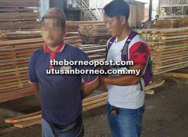 Bapa saudara mangsa ditangkap semasa bekerja di sebuah kilang kayu di Durin petang semalam.