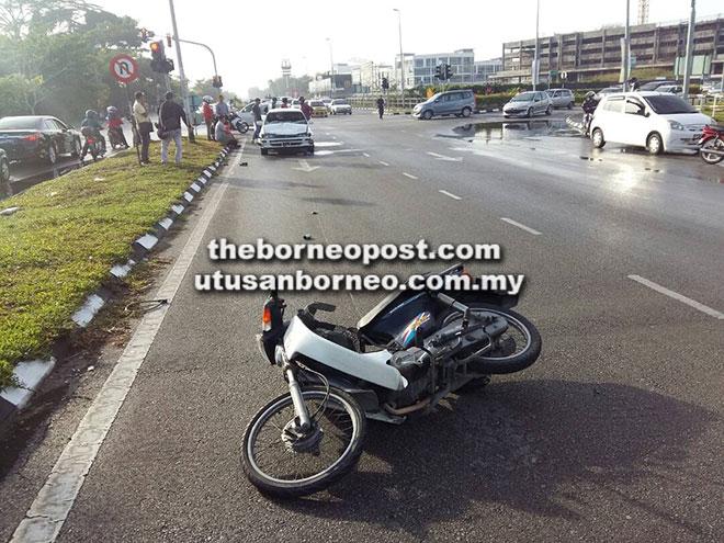Keadaan motosikal mangsa dalam kemalangan di Metro City.