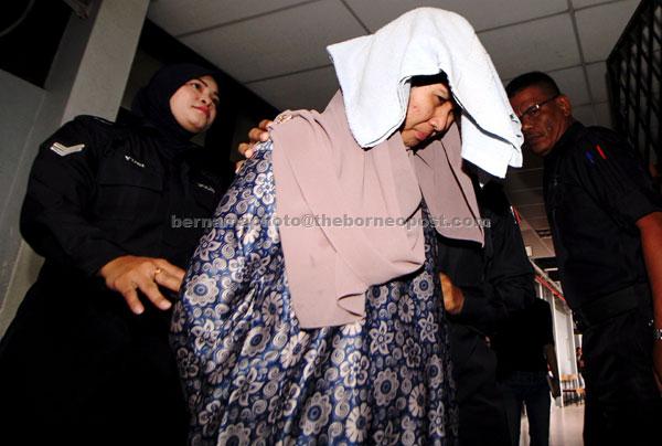 Noor Faezah mengaku tidak bersalah di Mahkamah Sesyen Ipoh semalam atas tiga pertuduhan menyalahgunakan harta kerajaan negeri bagi meluluskan pembayaran baucar dengan nilai keseluruhan RM11,108 dua tahun lalu. — Gambar Bernama