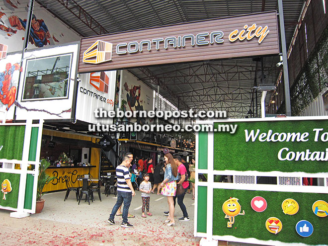 Container City terletak di Jalan North Yu Seng Utara, Miri.