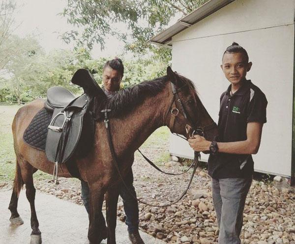 Ardy bersama kudanya.