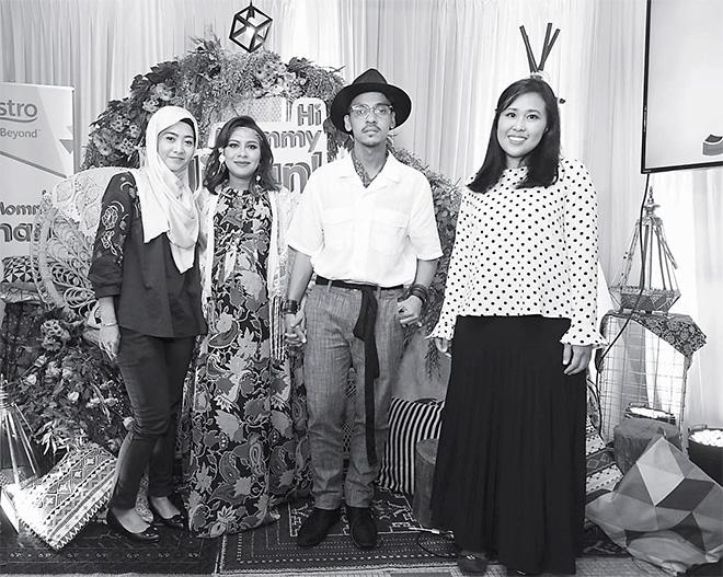 (Dari kiri) Razlin Irawati Johar (Penolong Naib Presiden Perniagaan Gen Next Astro), Jihan Muse, Ungku Hariz dan Putri Yasmin Megat Zaharuddinn.