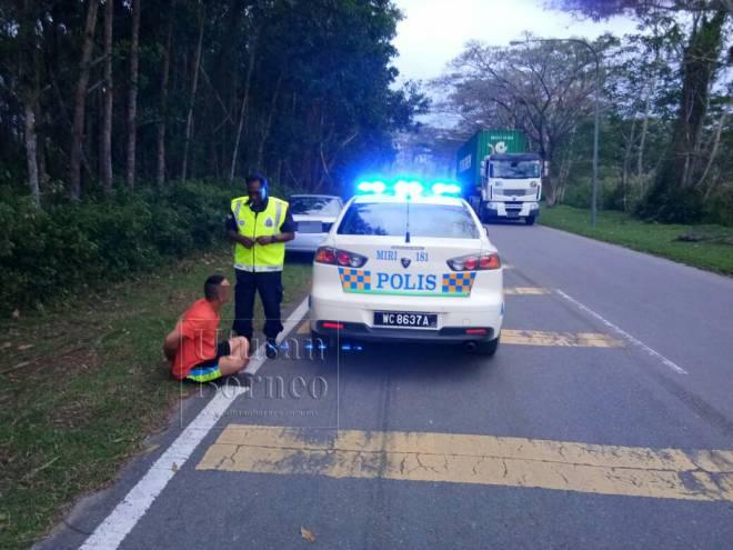 Daya pemerhatian tajam anggota MPV membawa kepada penangkapan lelaki tersebut serta penemuan mayat remaja dalam but kereta