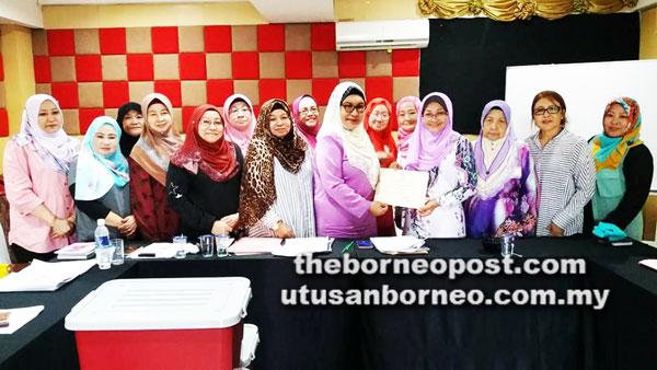 Ibu Tunggal Digesa Daftar Dengan Persatuan Utusan Borneo Online
