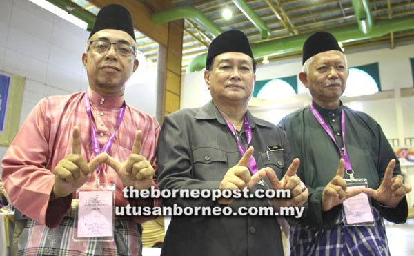 CALON Warisan kawasan Papar (dari kiri) Ahmad, Aidi dan Salleh Eddris.