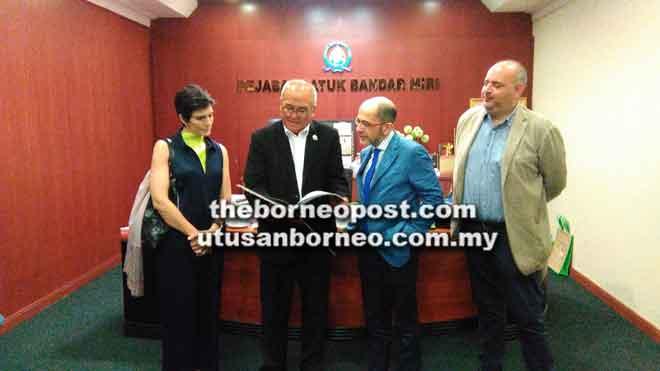 Kedutaan Itali mahu tarik pelabur bangun pelancongan Miri