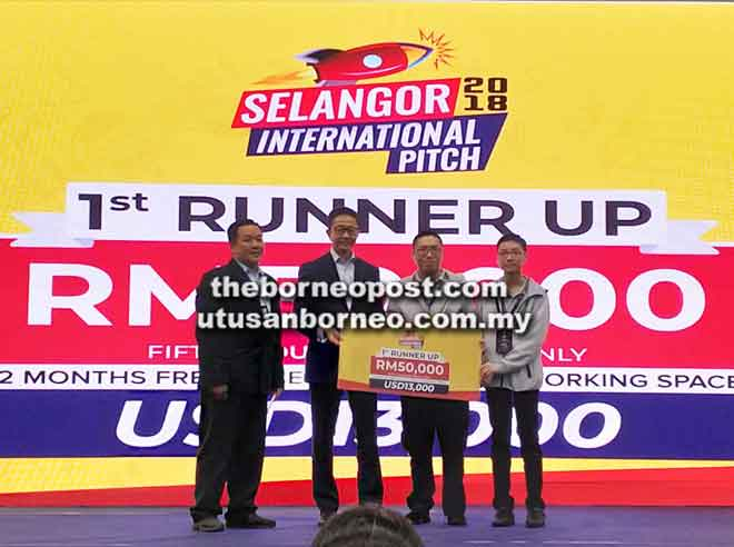 Wangi Lai PLT menerima hadiah tempat kedua pada pertandingan Selangor International Pitch di Kuala Lumpur baru-baru ini.