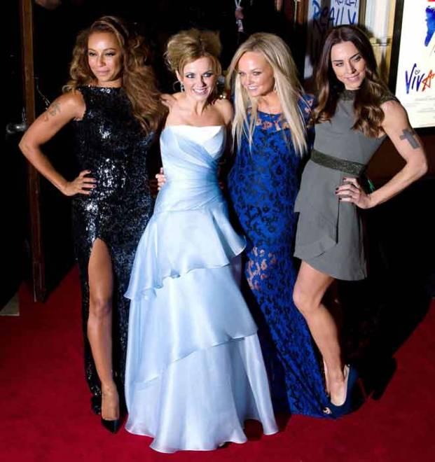 Gambar fail bertarikh 11 Disember 2012 ini menunjukkan ahli kumpulan Spice Girls (dari kiri) Melanie Brown, Geri Halliwell, Emma Bunton dan Melanie Chisholm tiba untuk tayangan perdana muzikal  Spice Girls 'Viva Forever' di London. — Gambar AFP