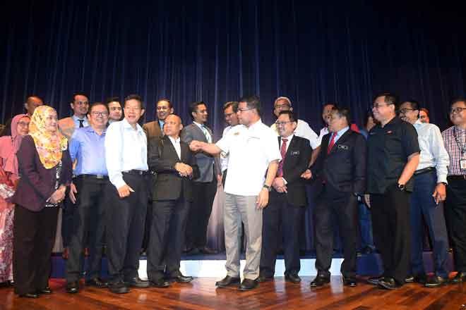 Perspektif Negara' bersama wakil media, di Putrajaya, semalam. — Gambar Bernama
