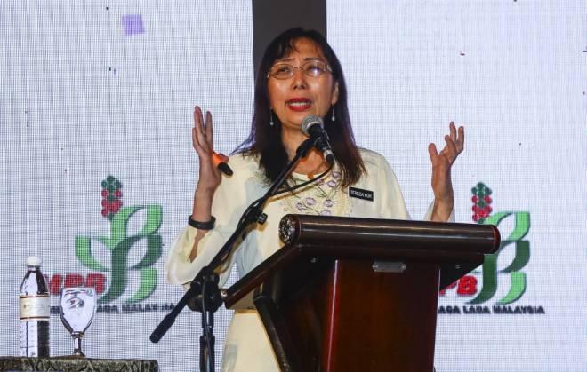 Menteri Industri Utama, Teresa Kok.-Gambar fail Utusan Borneo