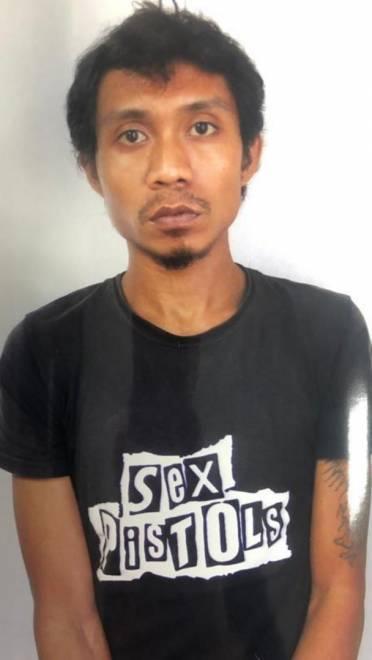 JUSMAN Amir lari dari tahanan polis.
