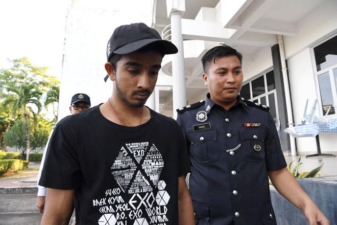 K Vaitheswaran mengaku tidak bersalah di Mahkamah Majistret dekat Bukit Mertajama, semalam atas pertuduhan memandu secara berbahaya sehingga menyebabkan kematian, Moey Yun Peng dalam kejadian kemalangan di Jambatan Pulau Pinang pada 20 Jan lepas. — Gambar Bernama
