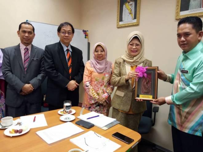 Sistem Pendaftaran Online Ibu Tunggal Sedang Dibangun Utusan Borneo Online