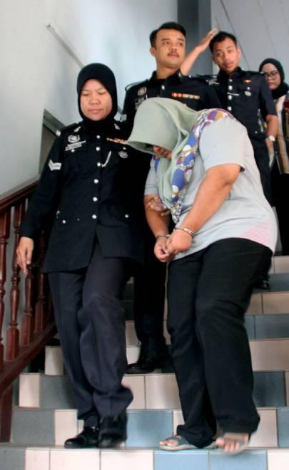 Nada mengaku tidak bersalah di Mahkamah Sesye, Melaka, semalam. — Gambar Bernama