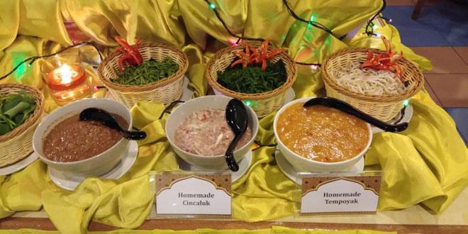 Pelbagai pilihan juadah untuk dinikmati sempena hidangan 'Lan Sungkei Buffet Dinner' Mega Hotel untuk bufet berbuka puasa.