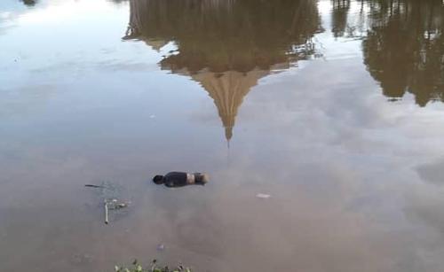 Mayat mangsa kelihatan terapung di Tebingan Kuching.