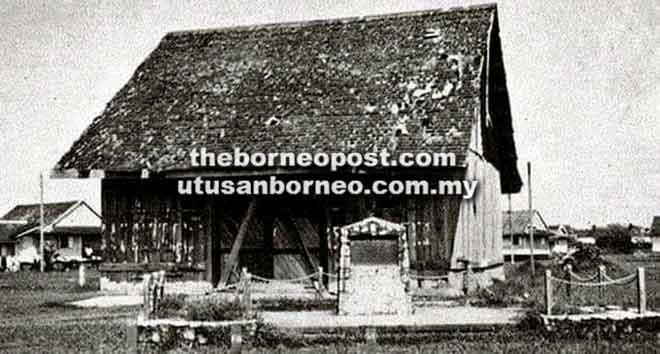 Rumah di tapak asal tempat mesyuarat pertama Council Negri di Bintulu Sarawak pada 8 September 1867.