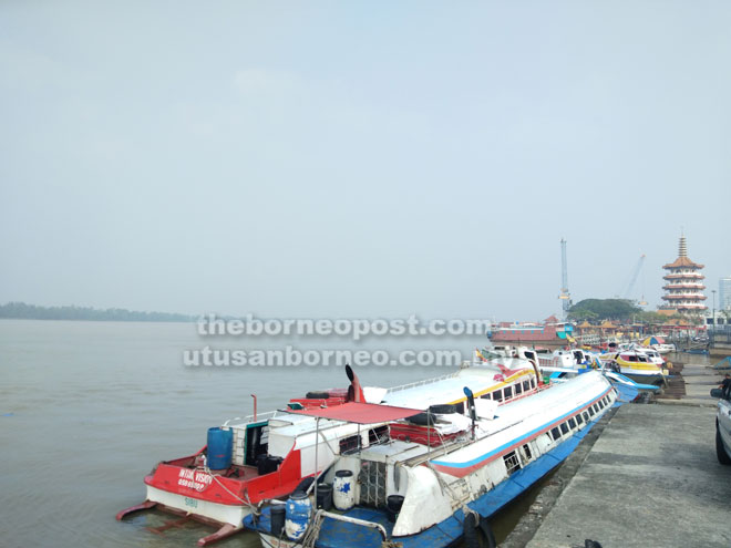Gaya sebun asap dipeda ba palan Penyangkai Ekpres Kapit semanjai Jalai Khoo Peng Loong ditu.