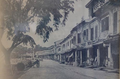 Suasana Main Bazaar ketika tahun 1880.