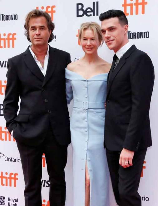 Zellweger bersama Goold dan Wittrock semasa Festival Filem Antarabangsa Toronto (TIFF) di Toronto, Kanada pada 10 September  lepas. — Gambar Reuters