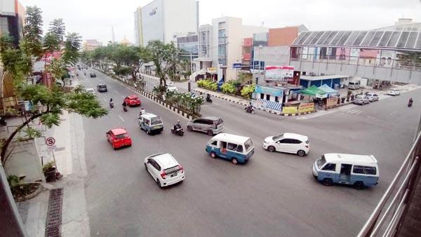 Pemandangan sebahagian kota Balikpapan yang bersih, indah, aman dan nyaman.