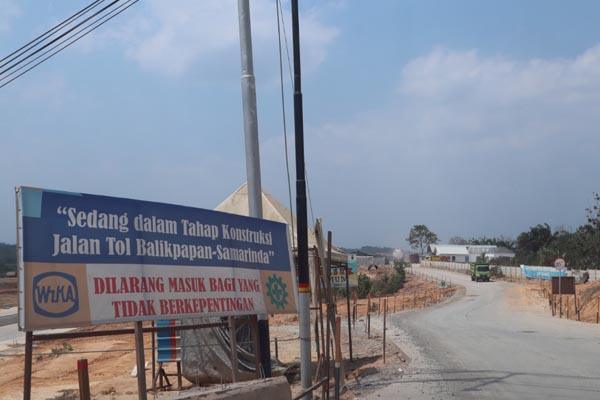 Kerja pembinaan lebuh raya tol Samarinda-Balikpapan kini giat dilaksanakan.