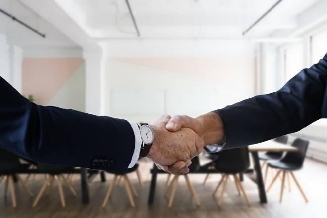 Menjalin Hubungan: Komponen Teras Kejayaan Sesebuah Bisnes