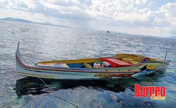 Juragan bot ini bertindak terjun ke laut sebelum sempat ditangkap oleh pihak penguatkuasa.