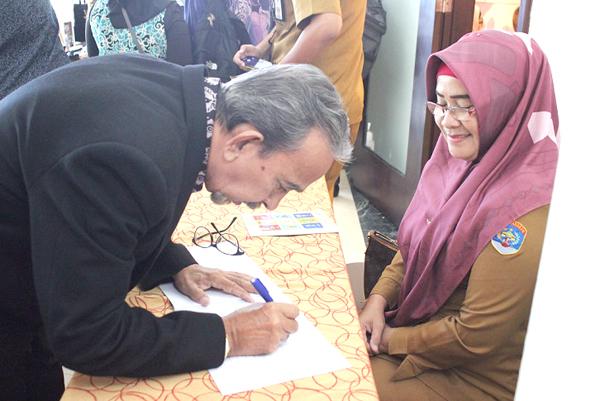 Datuk Haji Razak Walli antara delegasi Sabah dalam misi niaga ke Tarakan.