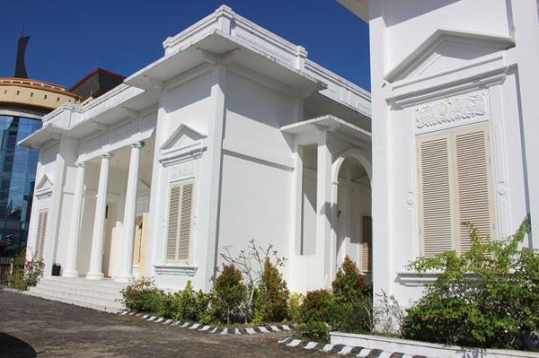 Muzium yang menyimpan pelbagai catatan sejarah di Kota Tarakan.