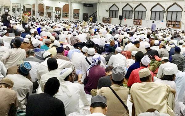 KKM meminta mereka yang menghadiri perhimpunan 'tabligh' di Masjid Sri Petaling Jamek, baru-baru ini untuk menjalani saringan COVID-19.