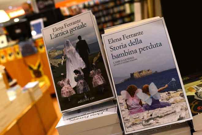 Gambar fail yang diambil pada 4 Oktober 2016 ini menunjukkan buku oleh penulis Itali Elena Ferrante di sebuah kedai buku di Rom. Netflix baru-baru ini mengumumkan ia akan mengadaptasikan novel Ferrante, 'The Lying Life of Adults', ke dalam siri televisyen. — Gambar AFP