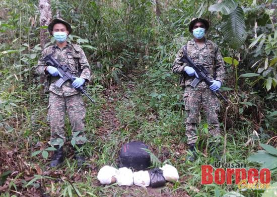 Dadah yang ditemui di sempadan Sarawak-Kalimantan di Tebedu.