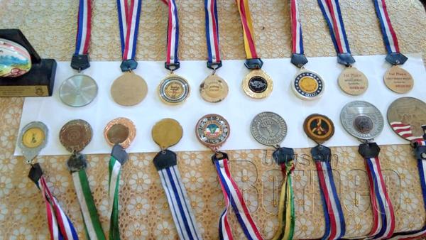 Antara koleksi medal yang diperolehi pada kejohanan-kejohanan yang disertai.