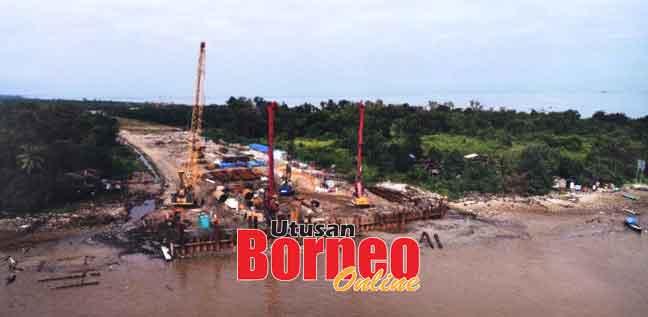 Kerja-kerja pembinaan Jambatan Kuala Kemena-Jepak dilaksanakan di kawasan seberang Jepak.