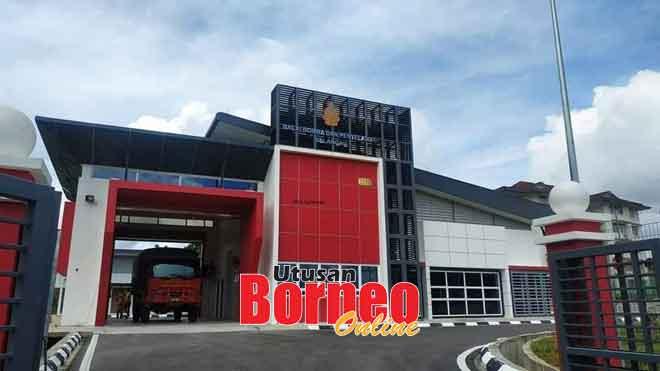 Balai Bomba dan Penyelamat Selangau mula beroperasi 1 Julai lalu.