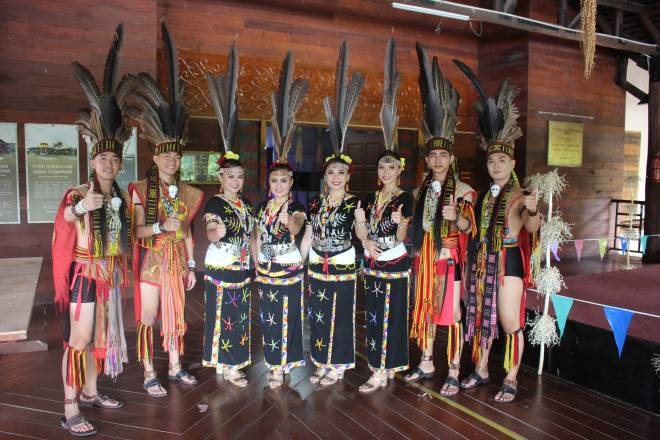 Penari Kebudayaan PKMST.
