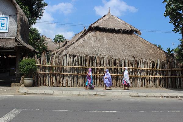 Kampung suku Sasak Asli di Desa Sade.
