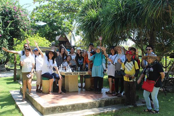 Rombongan dari Sabah yang melawat Gili Trawangan beberapa tahun lalu.