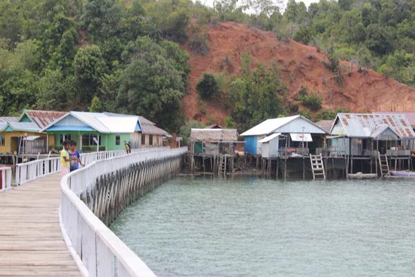 Jambatan sejauh 300 meter, terpanjang di Tolitoli.