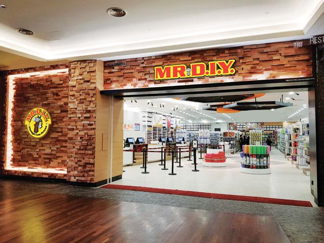 MR. D.I.Y. telah menyediakan 30,000 hadiah percuma bernilai lebih daripada RM800,000 untuk diberikan kepada pelanggan pada acara pembukaan rasmi cawangan baharunya selama dua hari ini.
