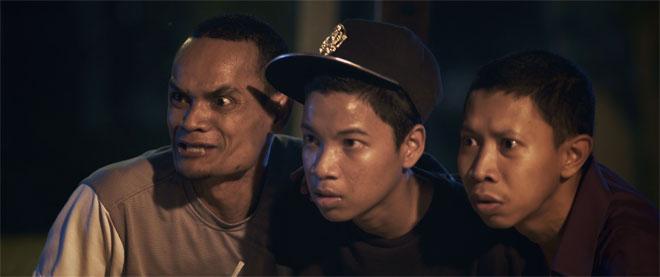 Asif, Syahmi dan Saiful dalam 'Syif Malam Raya'.