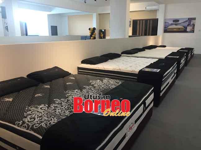 Popular Furniture & Bedding memberikan tawaran hebat sepanjang ekspo yang akan berakhir pada 2 Ogos ini.