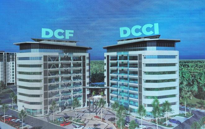 Langkar begunan Indu Opis DCF enggau DCCI tauka dikelala enggau 'Panggau Dayak Towers' ba Jalai Ong Tiang Swee, ditu. — Gambar Chimon Upon