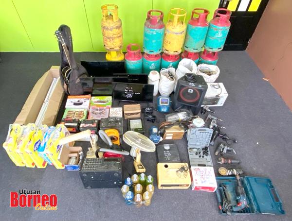 Antara barang-barang curi yang berjaya dirampas dalam Ops Pintu.