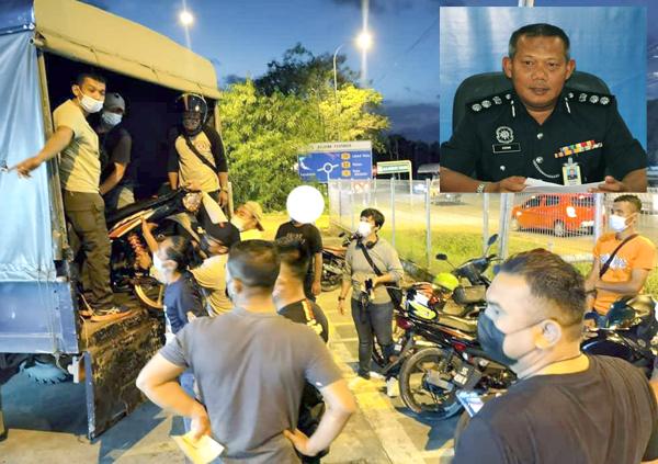 Pihak polis menaikkan motorsikal yang ditahan keatas lori polis untuk tindakan lanjut. Gambar kecil Mohd Azhar Hamin.